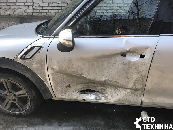 Замена и покраска дверей Mini Countryman